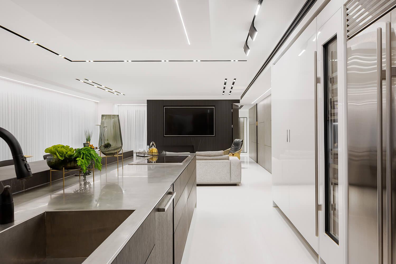 פרופילי תאורה להשלמת העיצוב של הבית