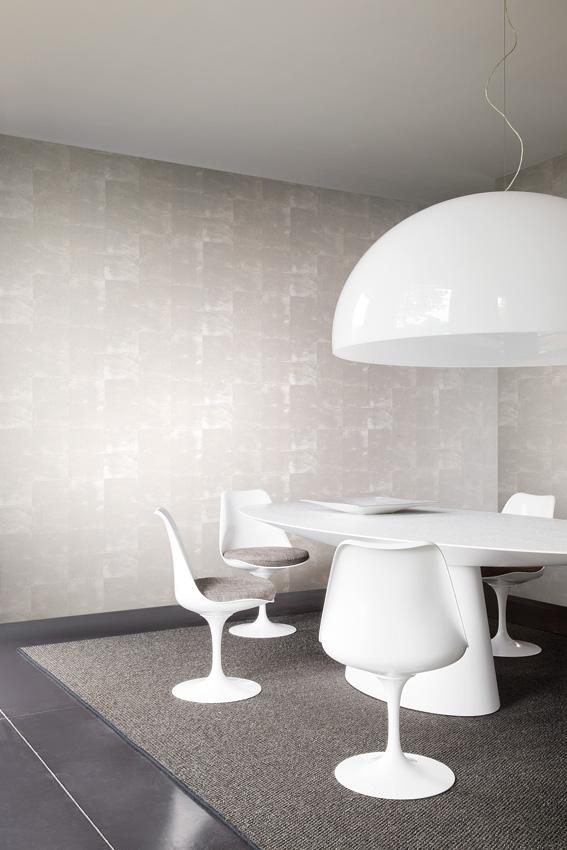 חדר שיבות מעוצב עם טפט מודרני