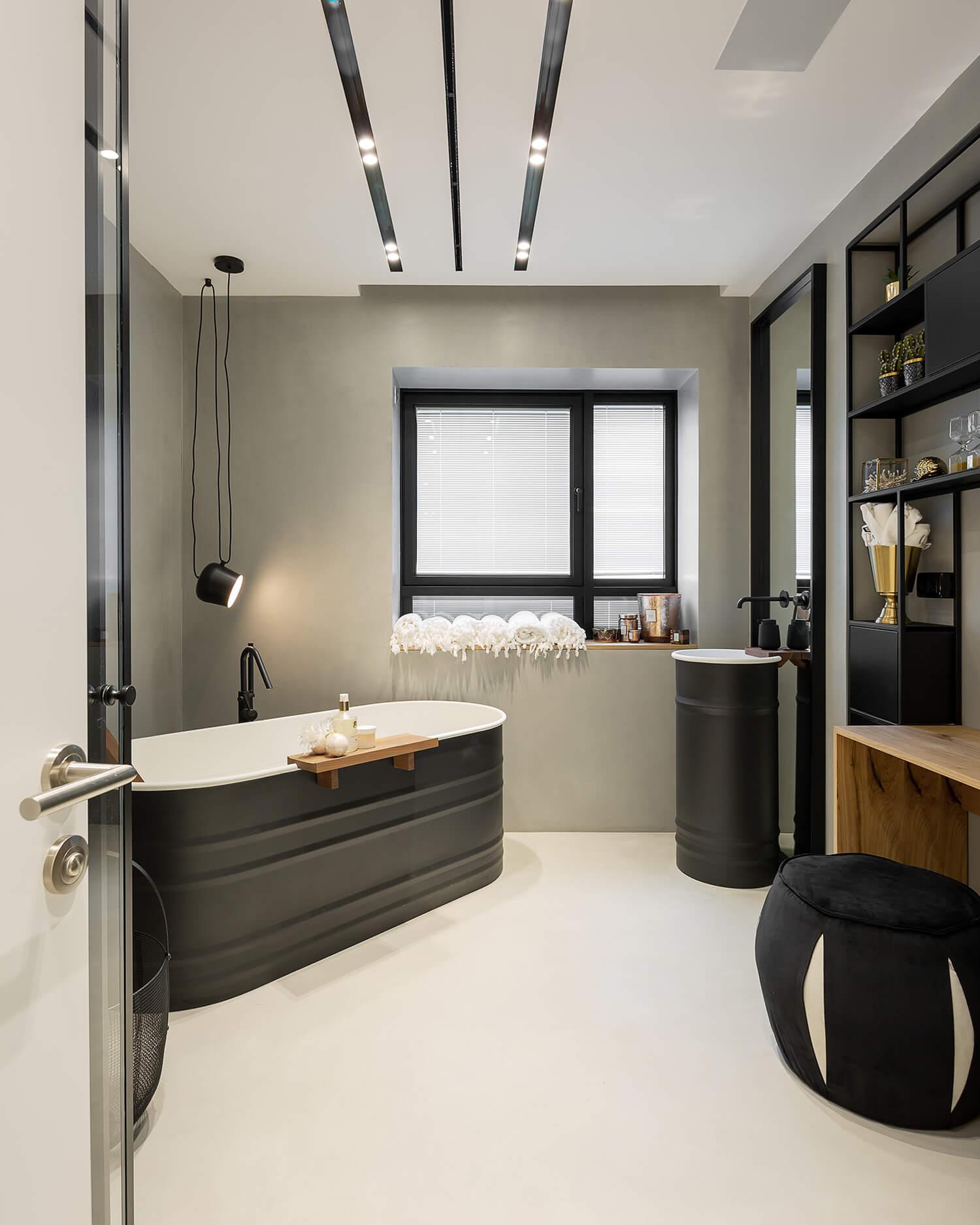 תאורה למקלחת בעיצוב של סיטי לייט