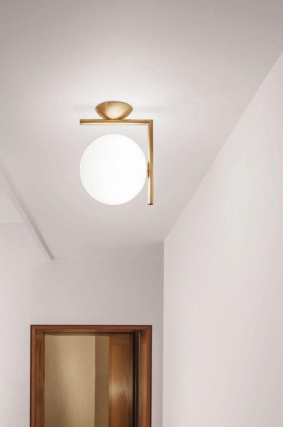 מנורה בעיצוב מודרני בצבע זהב דגם ונציה