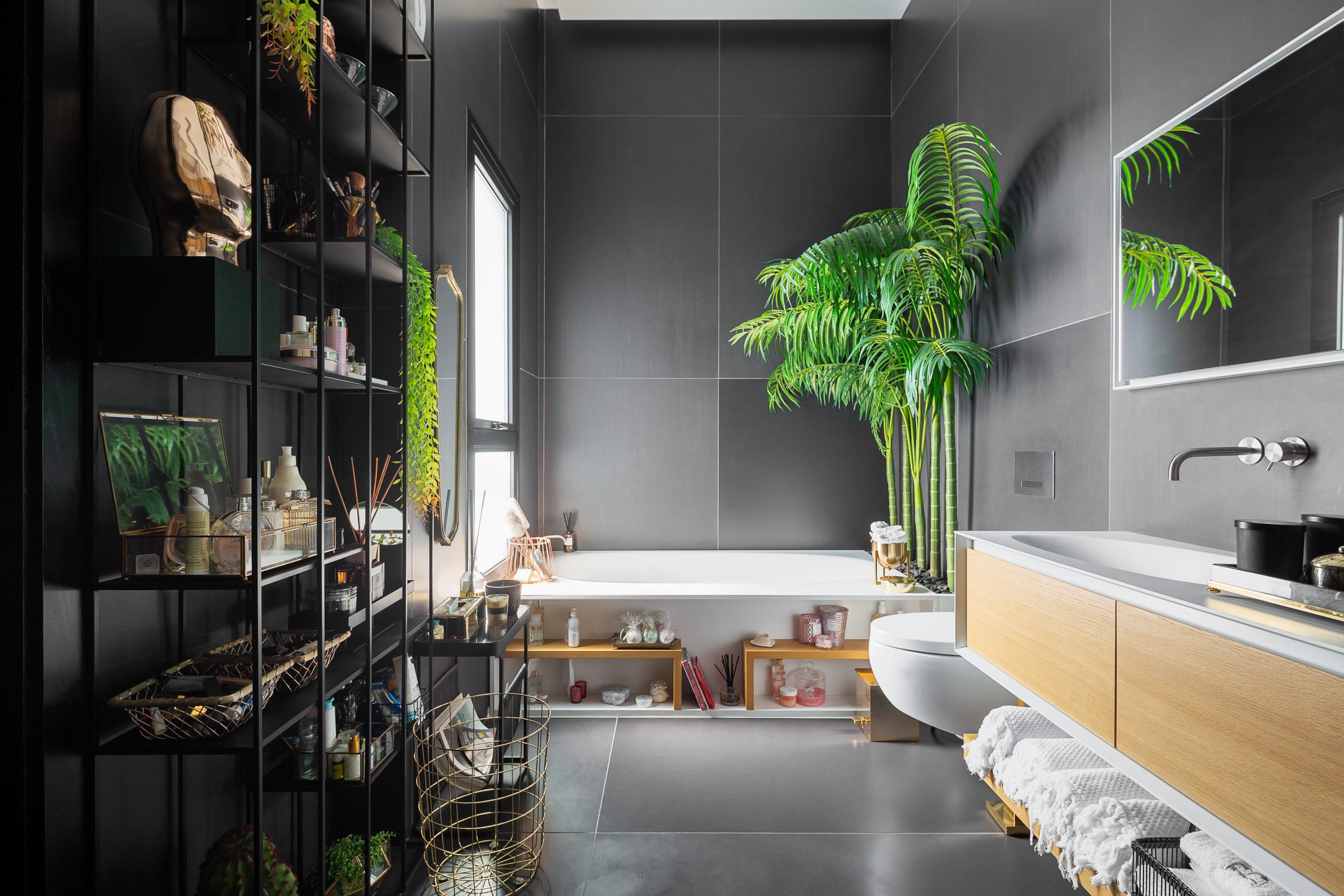חדר אמבטיה בעיצוב מודרני ואדריכלי