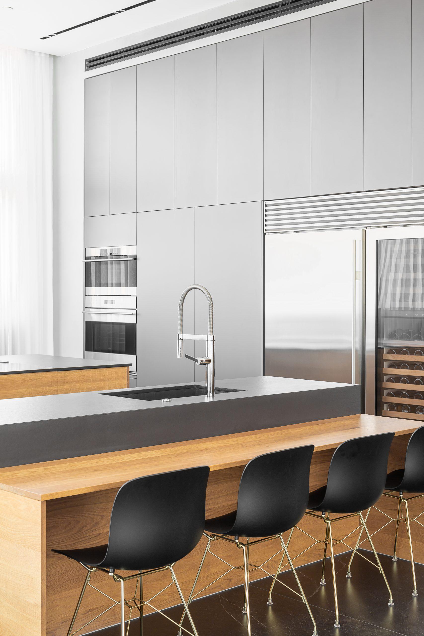 מטבח אפור עיצוב אדריכלי מקצועי