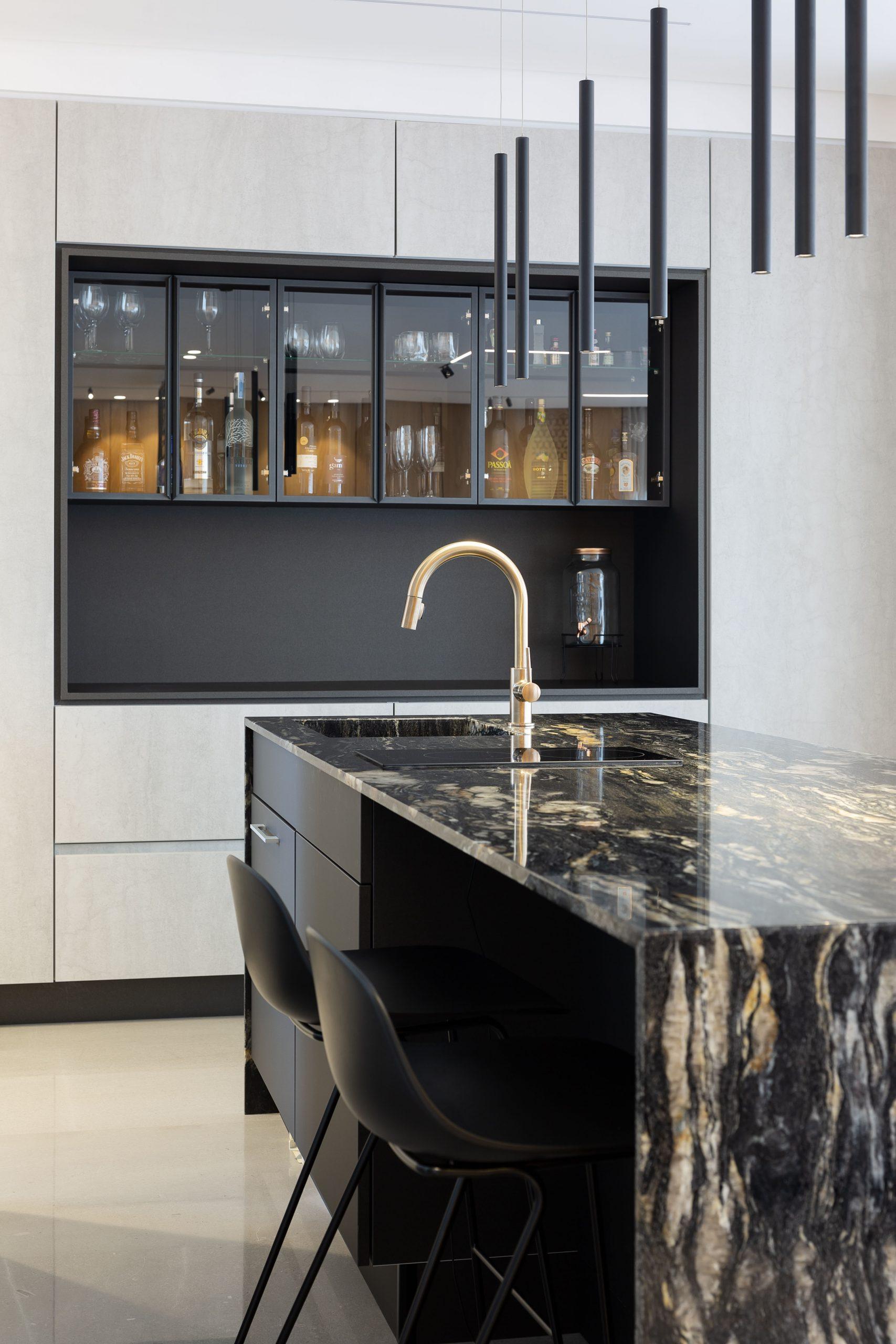 עיצוב מודרני למטבח בוילה בעכו